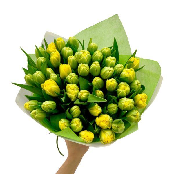 Букет из желтых махровых тюльпанов фото